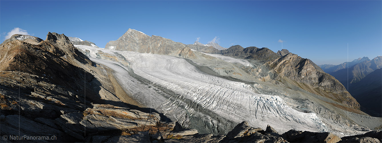 Allalin glacier in September 2012 (taken by Simon Oberli on 10/09/2012)