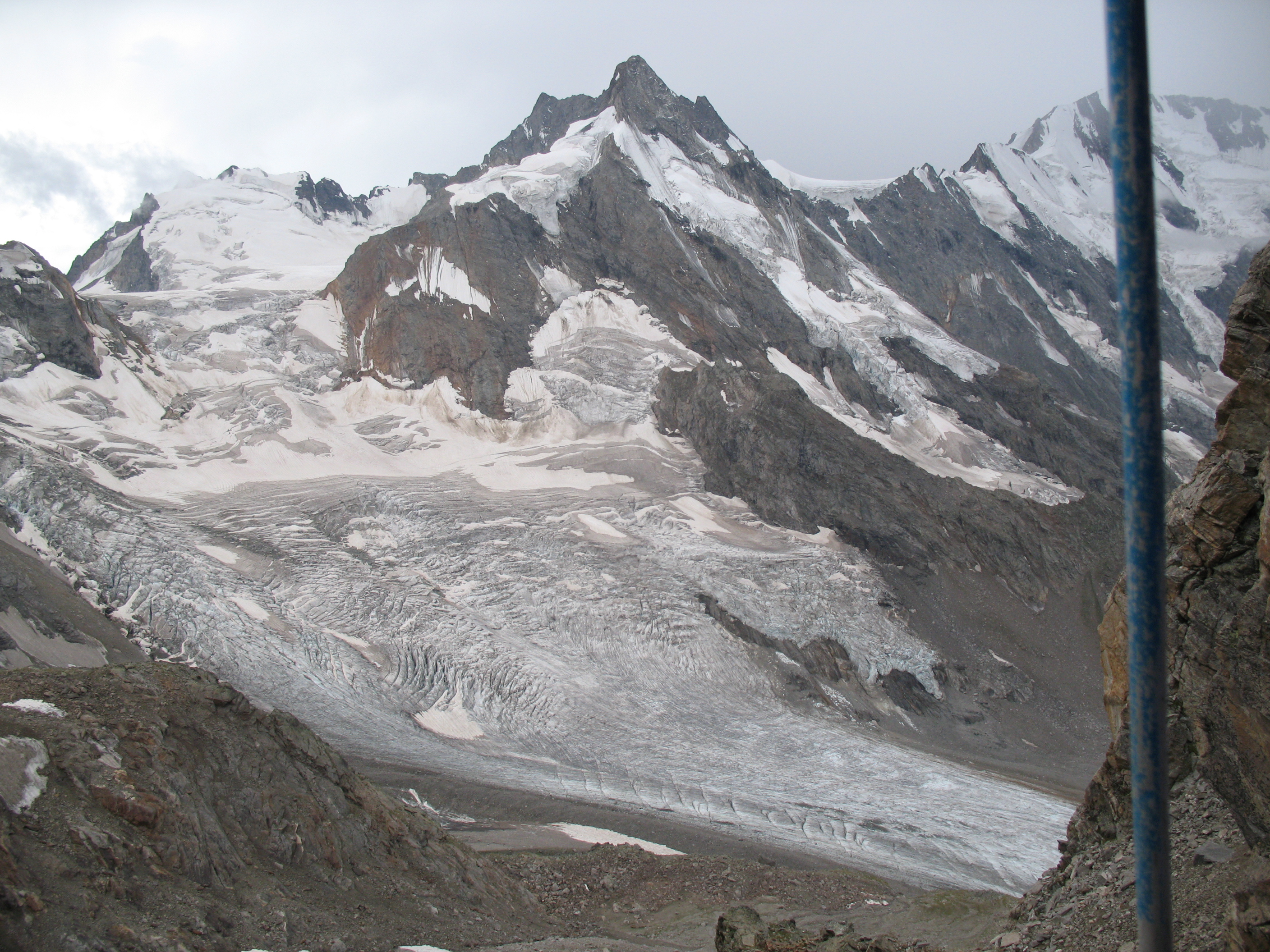 Djankuat glacier in August 2007 (taken by Victor V. Popovnin on 26/08/2007)